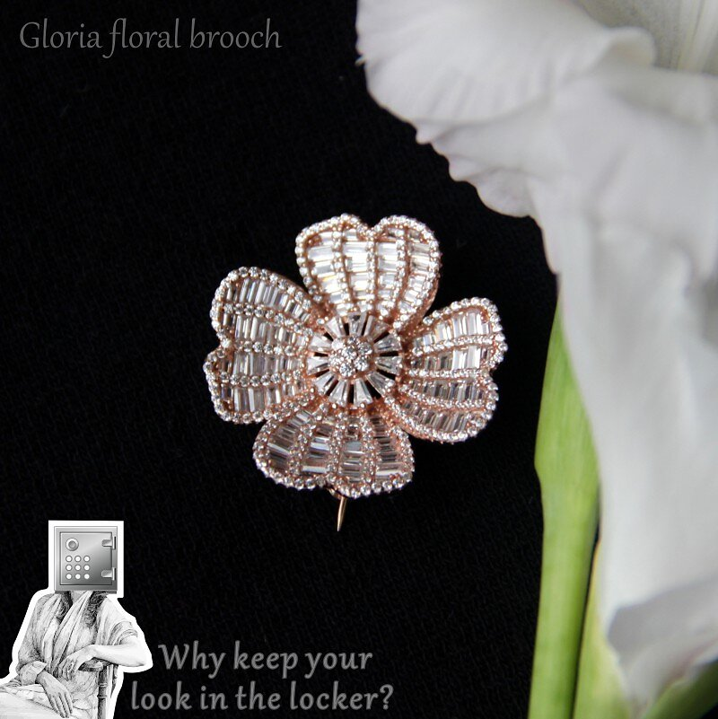 3450-3850-31mm-31mm-Gloria-floral-brooch-2.jpg