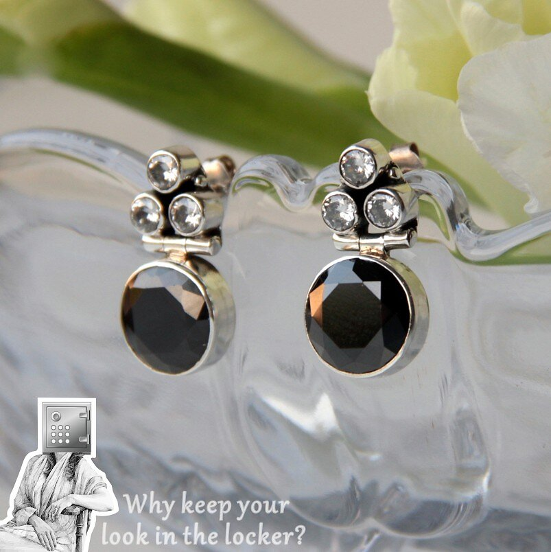 1290-1450-25mm-12mm-Trisha-Drops-Mississippi-Earrings-Black.jpg