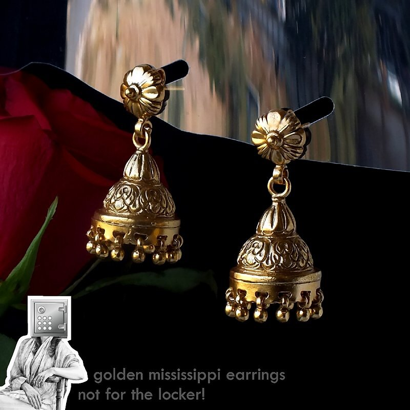 3850-4250-46mm-25mm-Sunehri-Mississippi-Earrings.jpg