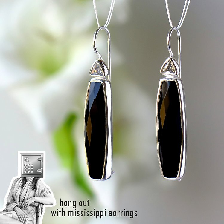 1990-2200-42mm-Safina-Mississippi-Earrings-1-Black-Onyx.jpg