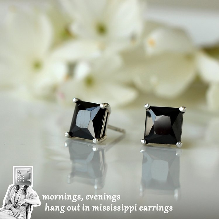 0850-0950-9mm-9mm-Black-Solitaires.jpg