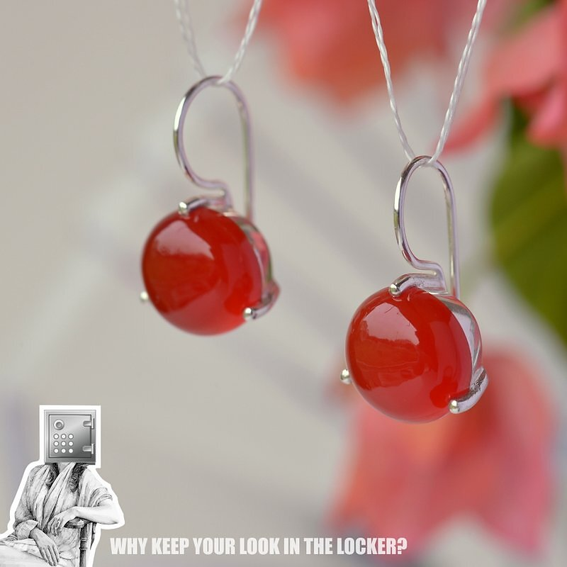 YUMMY CANDY Drops | Red Onyx gemstone in Sterling Silver | Price INR 1850, Offer INR 1650 | Size 23*12 mm